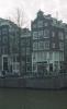 tak AT Keizersgracht 466 Amsterdam (het smalle pand naast het hoekpand)